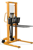 Self-Propelled & Powered Lift